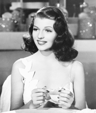 Hollywood waves Rita Hayworth